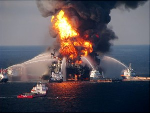 deepwater horizon fire 300px