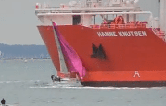 yacht dismasted by oil tanker hanne knutsen