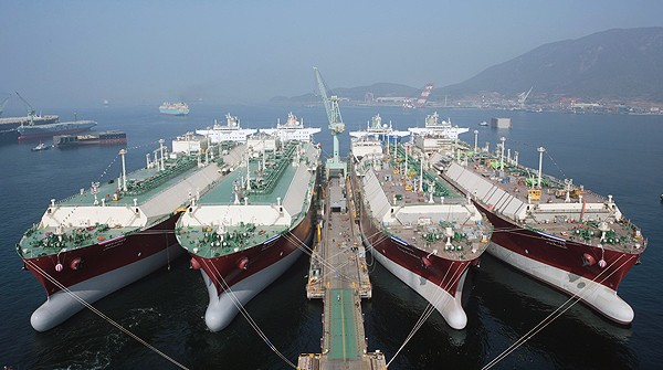 qatar gas lng ships HHI Hyundai heavy industries