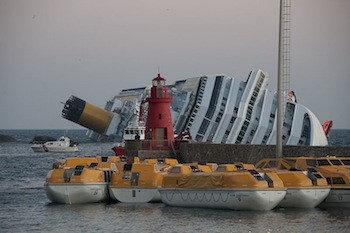 Costa Concordia cruise ship as seen on January 14, one day after it grounded on the island of Giglio. Photo: Wikimedia Commons