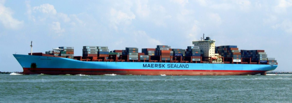 arnold maersk containership