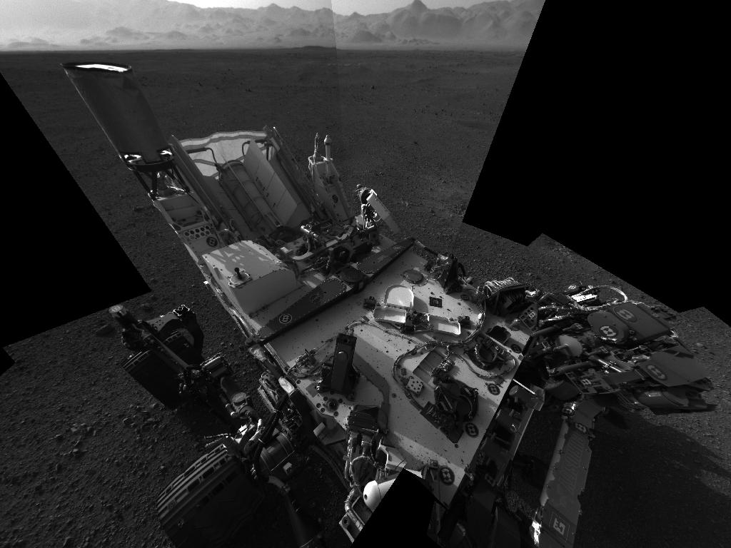 This full-resolution self-portrait shows the deck of NASA&#039;s Curiosity rover from the rover&#039;s Navigation camera. Image credit: NASA/JPL-Caltech