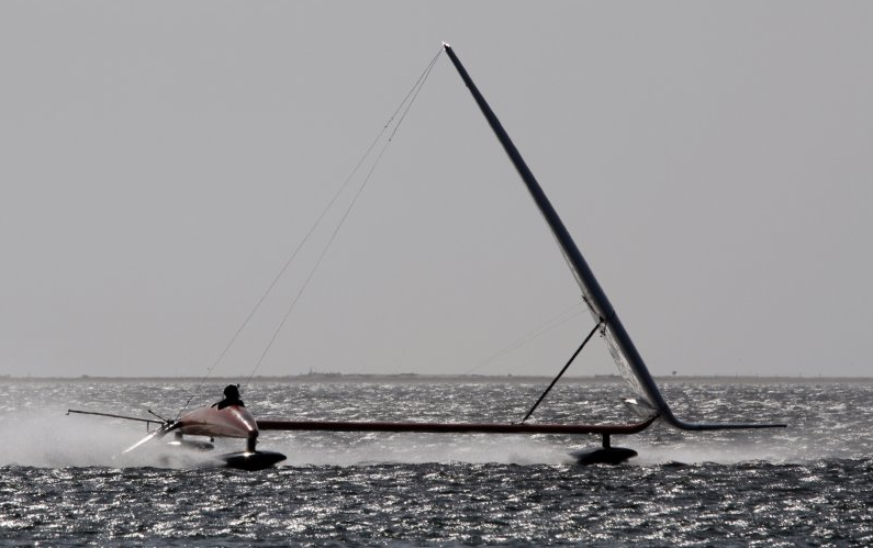 The VSR2 looks more like an airplane combined with a kite surf than a sailboat.