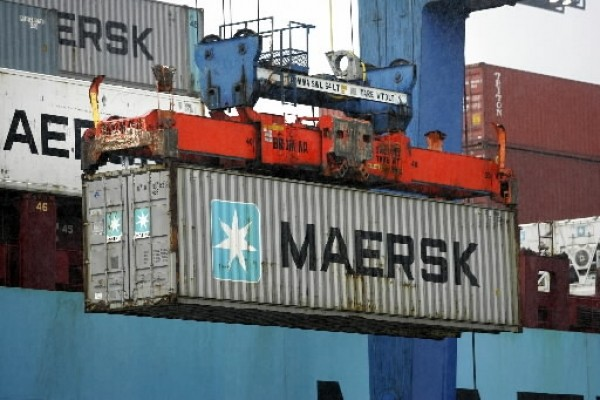 Maersk Line Seeks to Double Freight Rates Amid Weak Container Market